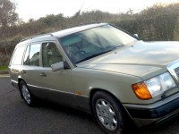 Merc W124 Estate 7-seat 200te